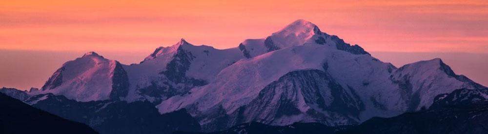 Mont_Blanc_at_dawn-dd453f2837f99c61dee74bfbc013d30c.jpg